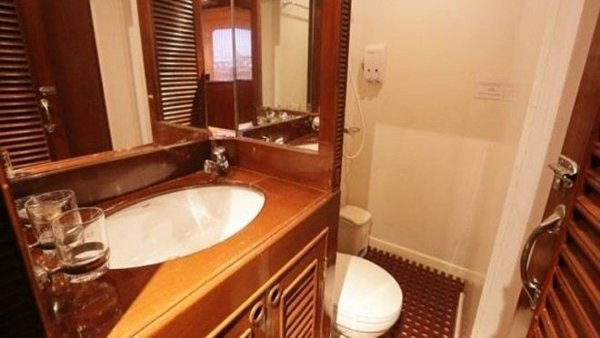 Bathroom-660×348