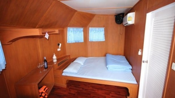 MQIII_cabin_master_double-660×348