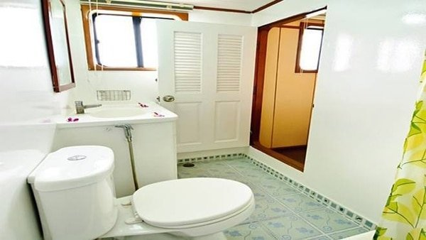 daq-bathroom-660×348