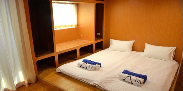 double-bed-cabin-660×348